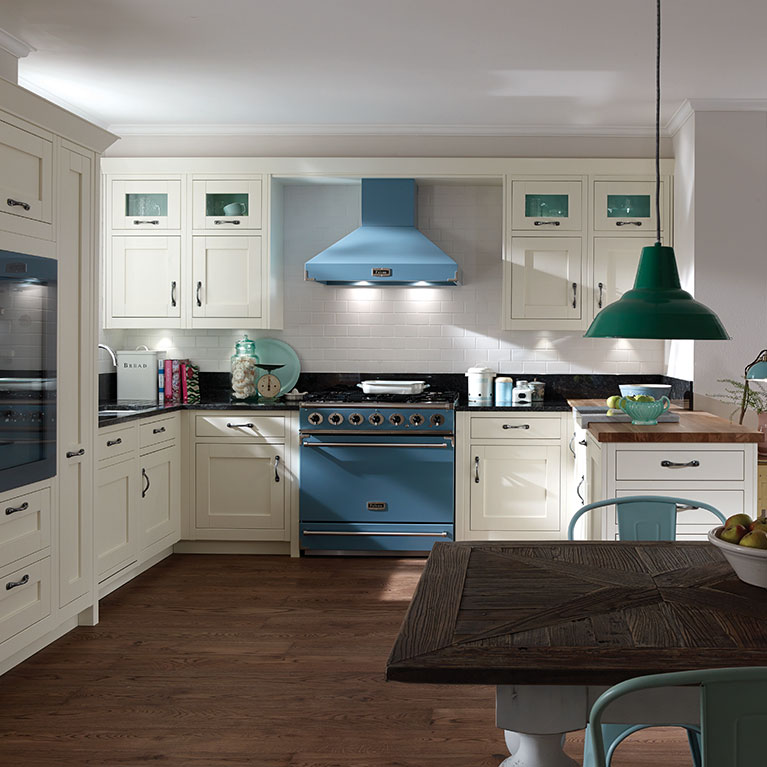 Milbourne In-frame Fitted Kitchen