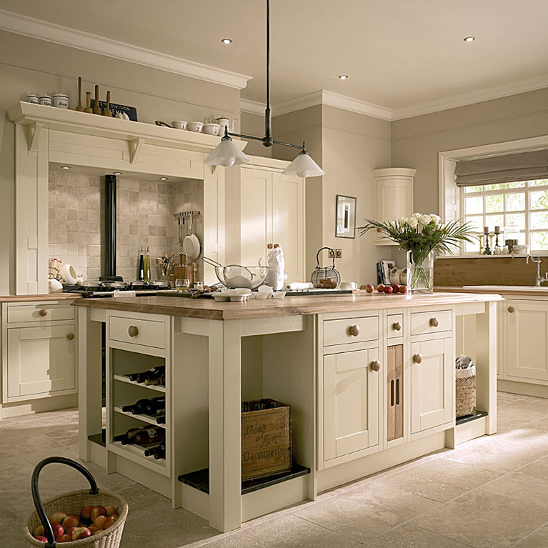 Milton Ivory Fitted Kitchen